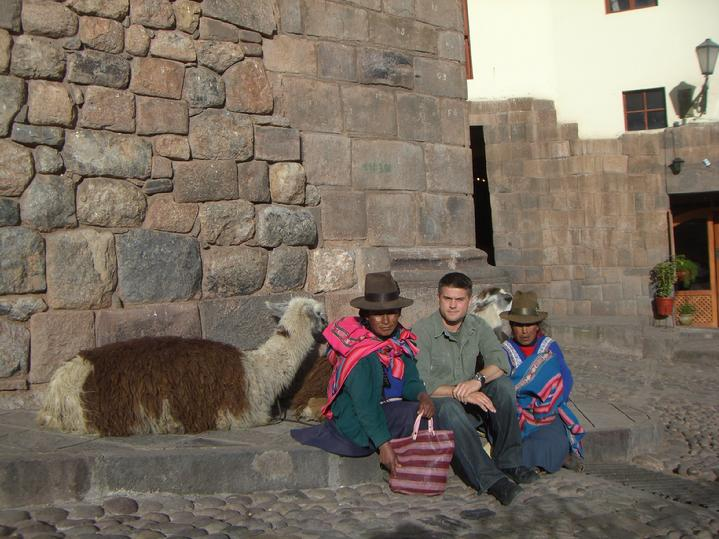 Todd Fox with the decendents of the INKA.